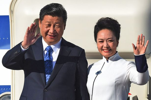 chinese-president-xi-jinping-and-first-lady-peng-liyuan